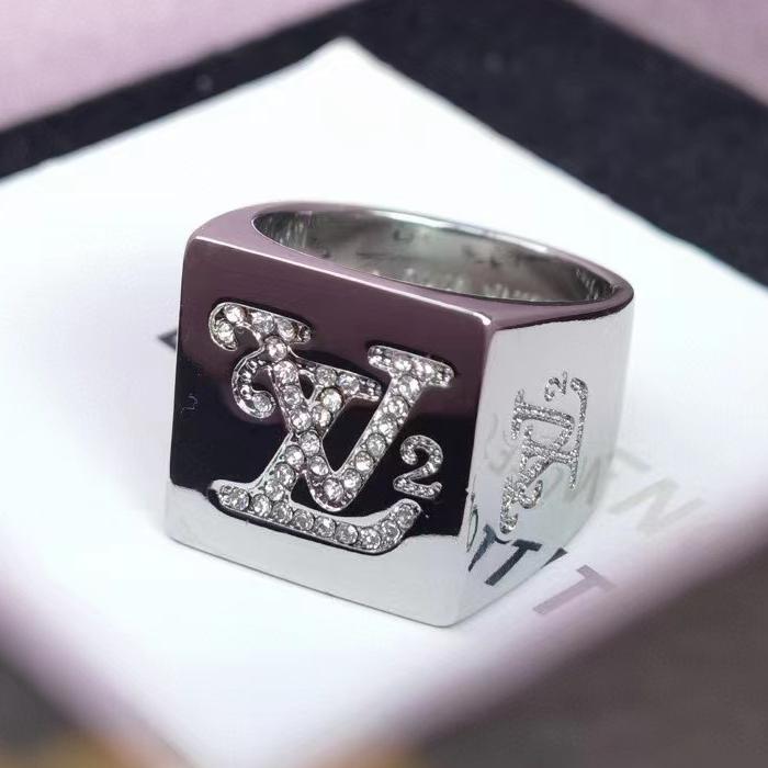 루이비통 2021 니고 시그넷 반지 - 레플킹