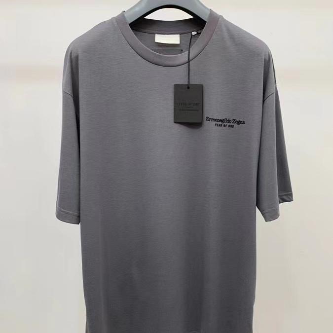 제냐 x 피어오브갓  로고 프린팅 그레이컬러 반팔 티셔츠 - 레플킹